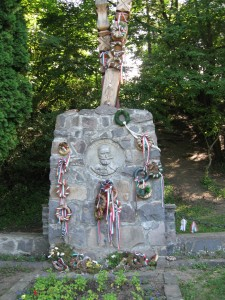 2008.06.23. Erdély, 06-Szejkefürdő, Orbán Balázs síremlékeIMG 0151