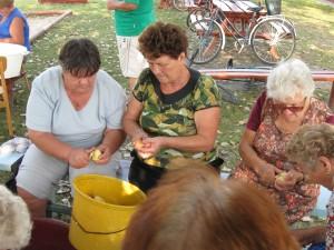 2008.09.12. Készületek a Templomosi falunapra   033