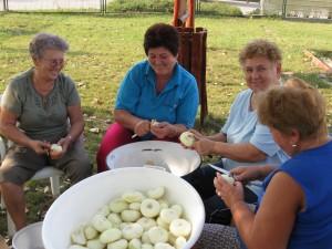 2008.09.12. Készületek a Templomosi falunapra   035