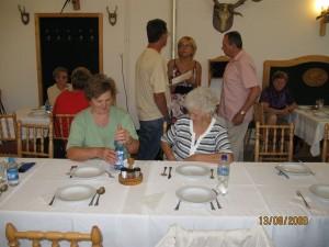 2009.08.13. Agárdi kiránduláskor a Vadász étteremben  013