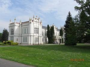 2010.05.05. Martonvásári kastély 001