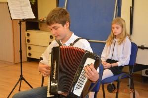 2015.10.05. Az iskola tanulói a zene világnapi klubnapon 0012